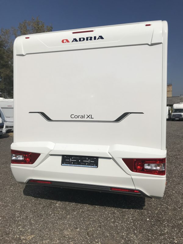[category] Adria Coral XL Axess  670 SL