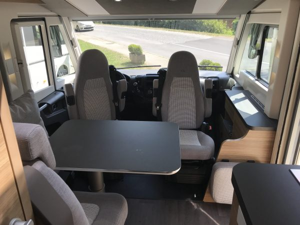 [category] Adria Sonic Axess 600 SL