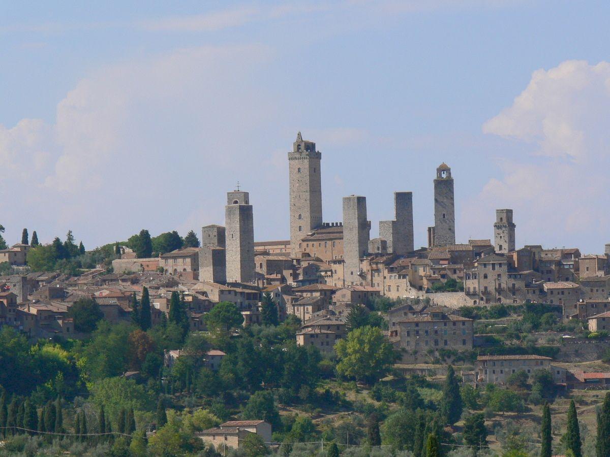 Gimignanom, a lakotornyok városa